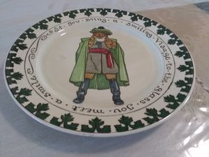 Vintage Royal Doulton Decorative Plate for Sale in Hesperia, CA
