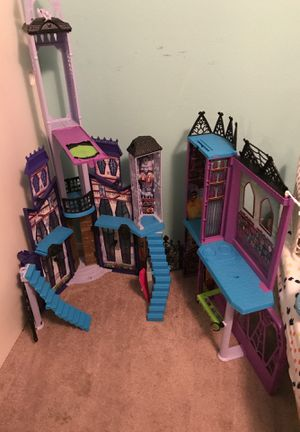 Monster high doll house for Sale in Puyallup, WA