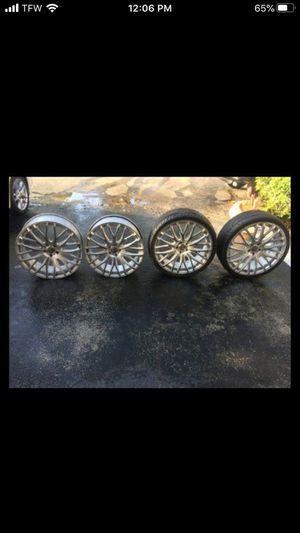 "Rims 22"" 5 lugs for Sale in Tamarac, FL"