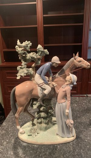 """Lladro Figurine 17.5"""" JOCKE AND LADY LASS HORSE RIDER COUPLE 5036 for Sale in Chatsworth, CA"""