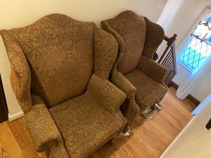 2 Chairs for Sale in St. Louis, MO