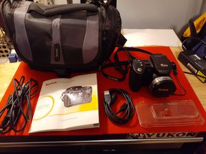 Kodak digital camera and pack for Sale in Walton Hills, OH