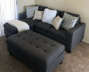 New in box grey sectional ottoman included for Sale in Los Alamitos, CA