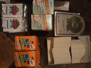 (TODAY ONLY $60)Donruss unopened packs of baseball cards from 1990-1993 plus open mint condition Leaf series 1 set 1992 for Sale in New Albany, IN