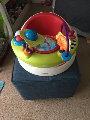 Mama and papas baby chair for Sale in Sunnyvale, CA