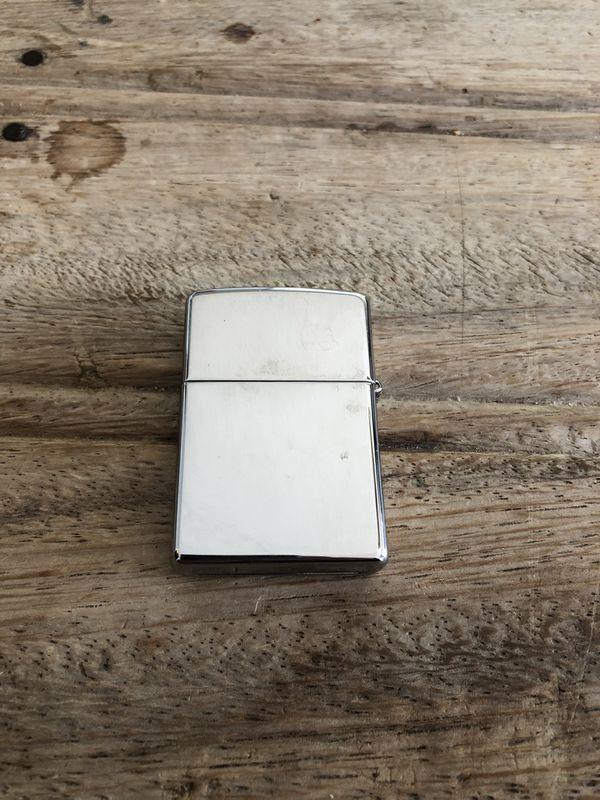 Hard Rock Cafe Zippo Lighter