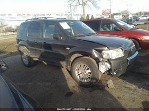 Mercury Mariner -v6 engine - runs and drives - Minor front end damage for parts or complete for Sale in Dearborn, MI
