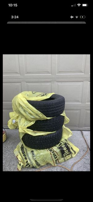 Dean winter cat xt 225 / 60r 16 tires set of 4 for Sale in Vancouver, WA