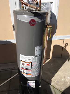 Semi-used like new water heater of 28 gallons for Sale in Fremont, CA