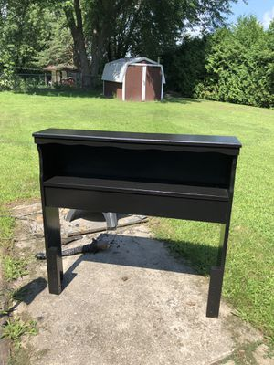 Black twin headboard for Sale in Ashwaubenon, WI