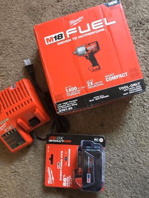 """Milwaukee KIT: 1/2"""" IMPACT WRENCH (2767 20)/ Battery XC 5.0 M18 Red Lithium/Charger M12-M18. BRAND NEW!!! Nuevo for Sale in Los Angeles, CA"""