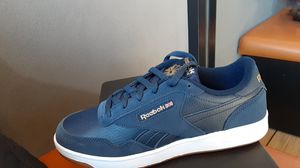 Reebok womans size 9.5 for Sale in Sacramento, CA