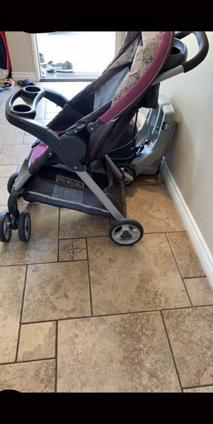Graco Stroller with car seat included for Sale in Oxnard, CA