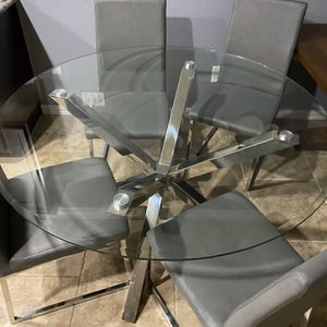 Dinner Table for Sale in Cypress, TX