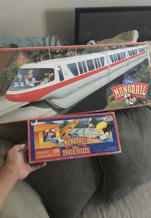 Vintage Disney Monorail Set w/ extra track pieces OBO for Sale in Land O Lakes, FL