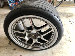 """(2) 19"""" rear Corvette Rims with tires for Sale in Kyle, TX"""