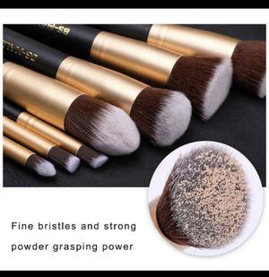 Makeup Brushes Premium Makeup Brush Set Synthetic Kabuki Cosmetics Foundation Blending Blush Eyeliner Face Powder Brush Makeup Brush Kit (11pcs) for Sale in El Cajon, CA