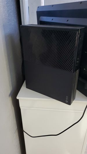 Xbox one good condition for Sale in Hialeah, FL