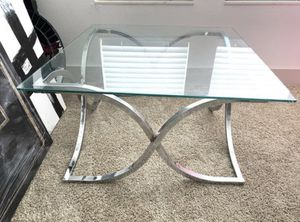 Glass Coffee Table w Chrome Base for Sale in Brandon, FL