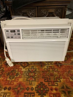 GE Window Air Conditioner for Sale in Cleveland, OH