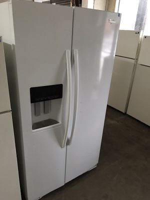 Whirlpool Gold white modern side-by-side for Sale in Tampa, FL