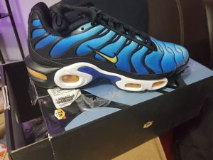 Nike Air shoes New for Sale in Miami, FL