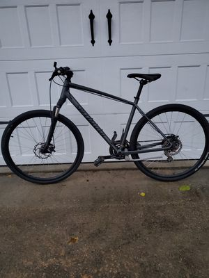 SPECIALIZED CROSSTRAIL Hybrid Road Bike with Hydraulic Disc Brakes (Size: L)-SATIN CHARCOAL BLACK for Sale in Natick, MA