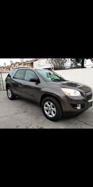 07 Saturn outlook (GMC,acadia,chevy,traverse,Buick enclave) trade for a car4 doors for Sale in Paramount, CA