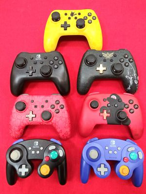 Nintendo switch controllers for Sale in Fresno, CA