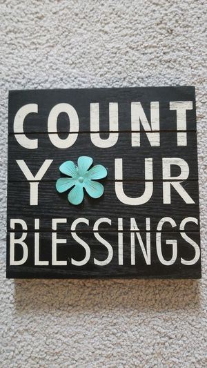 Count Your Blessings- Wall Art $5.00 for Sale in Woodbridge, VA