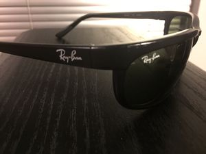 Ray Ban sunglasses for Sale in Schaumburg, IL