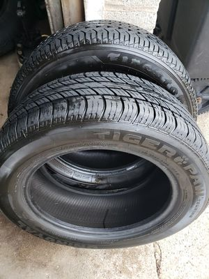 2 TIRES 205/60/16 for Sale in Chicago, IL