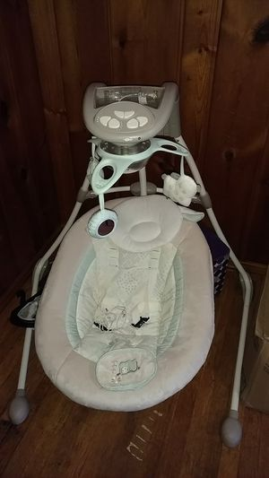 Ingenuity baby swing unisex for Sale in Cardington, OH