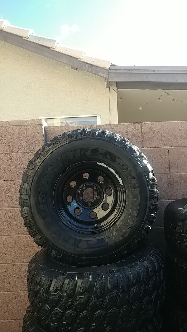Offroad wheels and tires