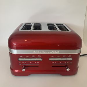KitchenAid Candy Apple Red 4 Slice Toaster for Sale in Delray Beach, FL