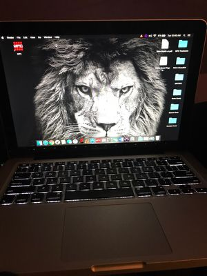 MACBOOK PRO I5 13inch for Sale in Walton Hills, OH