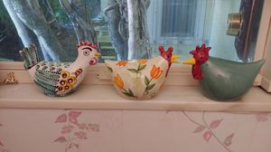3 Ceramic Chickens for Sale in Palm Beach, FL