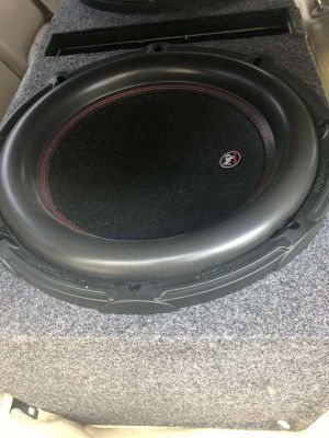 Audio pipe 15inch subs w/ box for Sale in Tampa, FL
