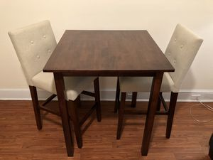 3-Piece Dining Table and Stools Set for Sale in Queens, NY