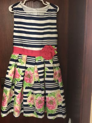 Girl flower dress very good condition size 4 for Sale in Placentia, CA