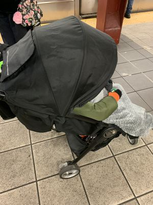 Baby jogger city tour for Sale in Fort Lee, NJ