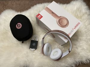 Rose Gold Beats Solo 3 Wireless Headphones for Sale in Torrance, CA