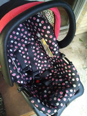 Baby car seat for Sale in College Station, TX