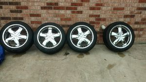4 Vault Wave Chrome 17 inch rims, universal bolt pattern, includes 4 gently used Velluza tires for Sale in Houston, TX