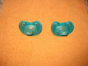 Chico NaturalFit Soft 9 Age 6 -12 months Orthodontic Pacifier (2 pack) in Blue for Sale in Traverse City, MI