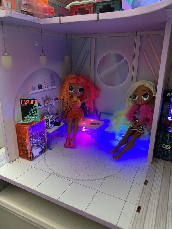 LOL Disco Dollhouse