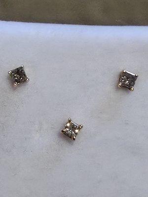 Diamond Stud Earrings in 10k Yellow Gold for Sale in Boise, ID