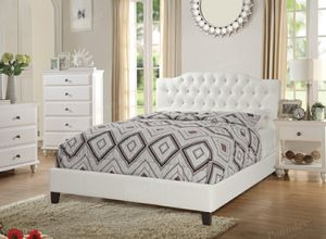 Queen bed frame for Sale in Hialeah, FL
