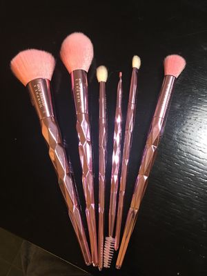 Morphe and Jeffrey star makeup brushes never used for Sale in Stockton, CA