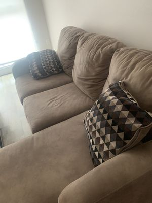Tan Sectional $350 for Sale in San Diego, CA